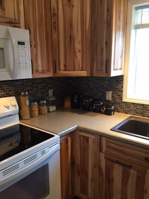 Kitchen – Hickory – Clear Stain